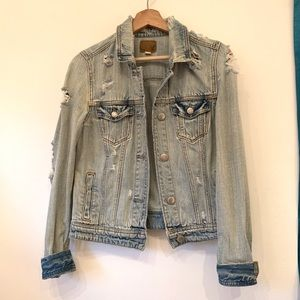 AE distressed denim jacket